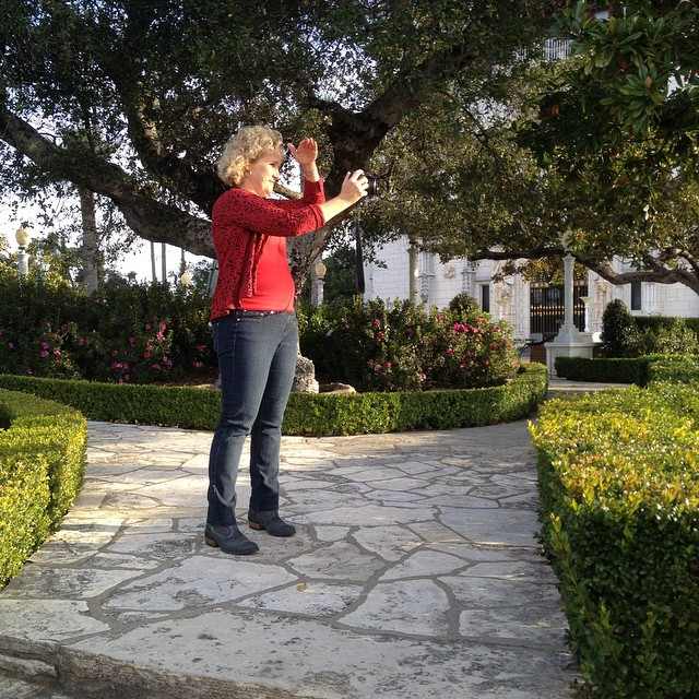 Nan in front if one if the transplanted oaks at Hearst Castle, the subject if a Season 3 episode if A Growing Passion. #TodaysShoot #OnLocation @agrowingpassion