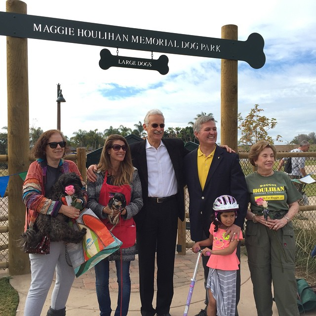 A very special day in our hometown. The opening of the #EncinitasCommunityPark which includes the #MaggieHoulihanMemorialDogPark in honor of our beloved late mayor and city councilmember Maggie Houlihan. Credit goes to the indefatigable Sandy Shapiro for spearheading the naming of the dog park. Thank you to the #EncinitasGardenFestivalandTour for getting behind Sandy and helping to fund the dog park and its naming. Maggie would be so so proud!  @agrowingpassion